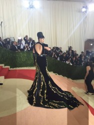 Katy Perry - 2016 Met Gala In NYC - May 2 2016 *ADDS*