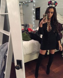 Madison Pettis - Social Media Thread
