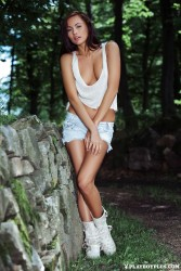 http://thumbnails115.imagebam.com/48331/f20b51483306549.jpg