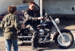 Терминатор 2 - Судный день / Terminator 2 Judgment Day (Арнольд Шварценеггер, Линда Хэмилтон, Эдвард Ферлонг, 1991) 3270fc484232176