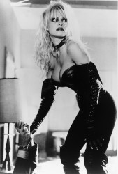 Не называй меня Малышкой / Barb Wire (Памела Андерсон, 1996)  659878484950408