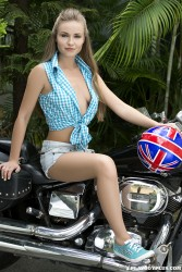 http://thumbnails115.imagebam.com/48605/006695486047409.jpg