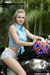 http://thumbnails115.imagebam.com/48605/2e463d486047374.jpg