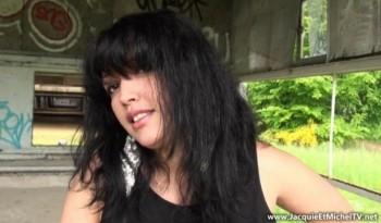 Laila - Laila, beurette coquine du 93 ! (2013) 720p