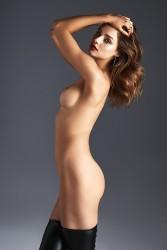 http://thumbnails115.imagebam.com/48733/338e3c487327677.jpg