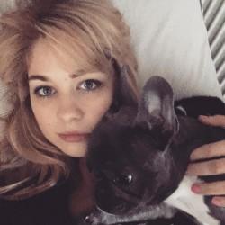 Amanda Clapham Social Media/Twitter/instagram 2016 13