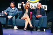 Lea Thompson @ Wizard World Comic Con in Philadelphia | June 4 | 21 pics