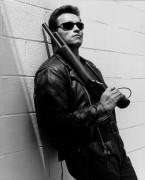 Терминатор 2 - Судный день / Terminator 2 Judgment Day (Арнольд Шварценеггер, Линда Хэмилтон, Эдвард Ферлонг, 1991) - Страница 2 D58a2f488115262