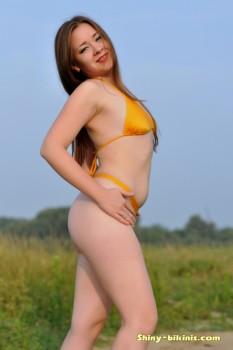 http://thumbnails115.imagebam.com/48823/511c55488220505.jpg