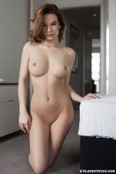 http://thumbnails115.imagebam.com/48883/54d010488823699.jpg