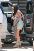 Kim Kardashian - Wearing a skirt at Nobu in Malibu 6/19/16
