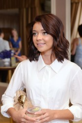Sarah Hyland - Glamour and Facebook Host Power Players in Hollywood & Politics Lunch in West Hollywood 6/20/16