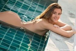 http://thumbnails115.imagebam.com/49148/ff8c12491472642.jpg