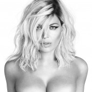 Fergie : M.I.L.F.$ Cover Photo