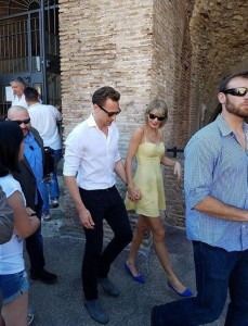 Taylor Swift - with boyfriend Tom Hiddleston in Rome, Italy - 06/27/2016