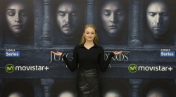 Sophie Turner - Attends a photocall for 'Game of Thrones' in Madrid - June 28, 2016
