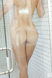 http://thumbnails115.imagebam.com/49227/5faead492267904.jpg