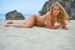 http://thumbnails115.imagebam.com/49228/ebbc9b492275655.jpg