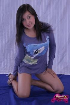 http://thumbnails115.imagebam.com/49250/b3a9f2492493125.jpg