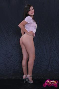 http://thumbnails115.imagebam.com/49252/074a82492515543.jpg