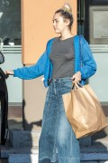 Miley Cyrus - Shopping in Woodland Hills 7/1/16