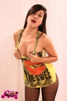 http://thumbnails115.imagebam.com/49372/4df32b493714340.jpg