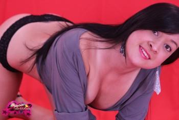 http://thumbnails115.imagebam.com/49393/0280a2493921480.jpg