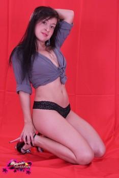 http://thumbnails115.imagebam.com/49393/9b928b493921082.jpg