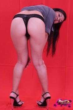 http://thumbnails115.imagebam.com/49393/bc2180493921580.jpg