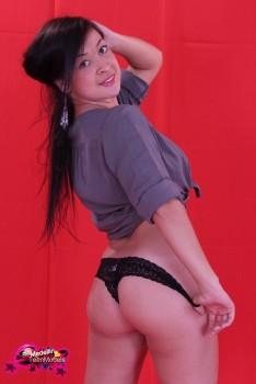 http://thumbnails115.imagebam.com/49393/e81feb493921573.jpg