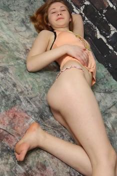 http://thumbnails115.imagebam.com/49394/4071d4493931422.jpg