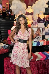Taylor Hill - All-New Easy Collection from Body By Victoria Launch in Washington, D.C. 7/24/16