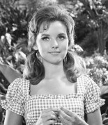 Dawn Wells: B&W Stills From G.I. - HQ x 8