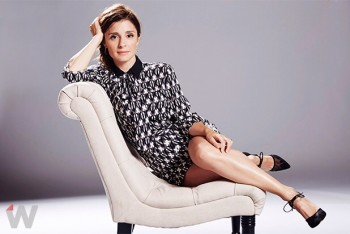 Shiri Appleby - The Wrap Photoshoot (Leggy) Photoshoot + Video