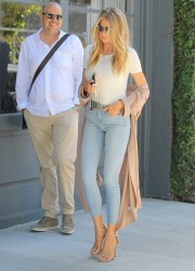 Charlotte McKinney - Shopping in West Hollywood 8/10/16