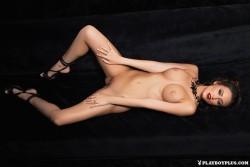 http://thumbnails115.imagebam.com/49984/848594499839583.jpg