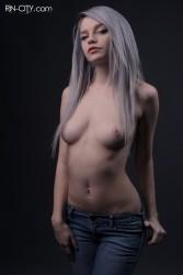 http://thumbnails115.imagebam.com/50035/e473bc500345415.jpg