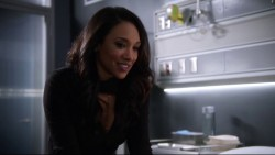 """Candice Patton & Danielle Panabaker """"The 26"""