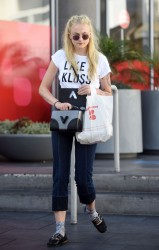 Sophie Turner - Seen out shopping - August 23, 2016
