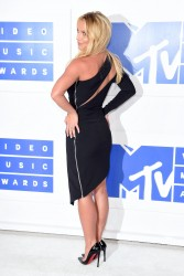 Britney Spears at the 2016 MTV Video Music Awards in New York City - 8/28/16