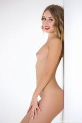 http://thumbnails115.imagebam.com/50230/cd8be6502290431.jpg