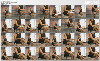 Katie Couric *legs* (w/zoom)