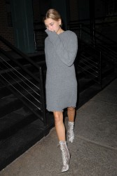 Hailey Baldwin - Out for dinner in NYC 9/13/16