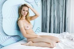 http://thumbnails115.imagebam.com/50451/193018504504062.jpg