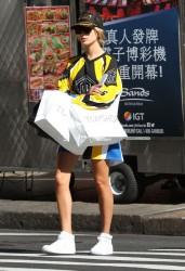 Hailey Baldwin - Shopping in NYC 9/14/16
