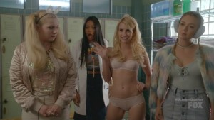 Emma Roberts in Her Underwear in Scream Queens S02E01
