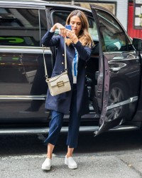 Jessica Alba - Out in NYC 9/29/16