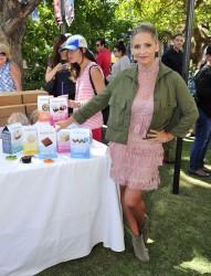 Sarah Michele Gellar - Foodstirs host Kids in the Kitchen in LA 10/2/16