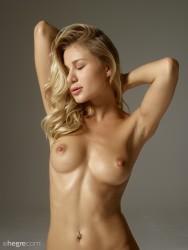 http://thumbnails115.imagebam.com/50793/557816507928839.jpg