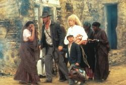 Индиана Джонс и храм судьбы / Indiana Jones and the Temple of Doom (Харрисон Форд, Кейт Кэпшоу, 1984) F0b16d509893564